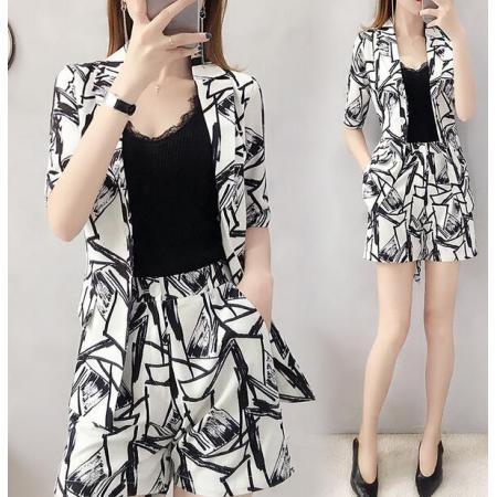 YF41509# 春装洋气减龄西装短裤套装女夏装新款韩版时尚气质西服两件套
