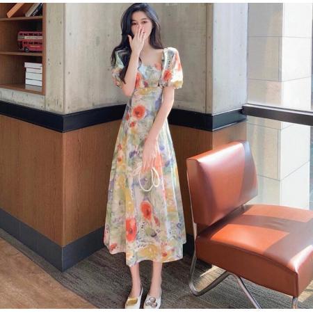 YF43408# 油画印花法式复古方领长裙显瘦泡泡袖碎花连衣裙子女夏