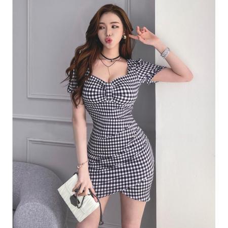 YF47457# 韩版夏季修身显瘦新款韩版风复古设计感格子v领连衣裙 服装批发女装直播货源