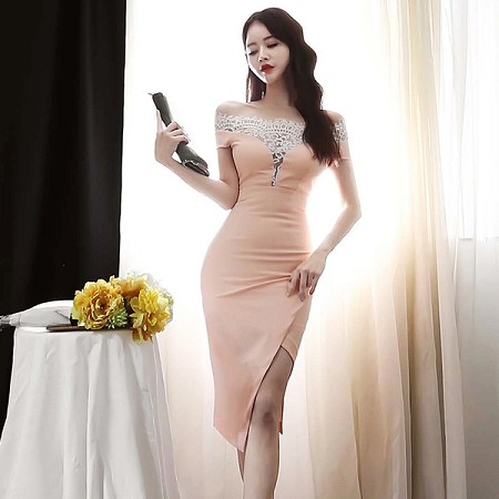 YF48425# 韩版夏装新款蕾丝花边拼接性感一字领连衣裙女包臀中裙 服装批发女装直播货源