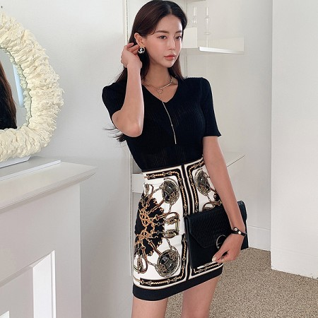 YF55260# 两件套夏装韩版修身气质V领针织上衣时尚印花包臀裙套装 服装批发女装直播货源
