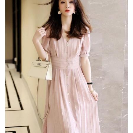 YF65879#  新色入荷蕞IN春夏流行!香芋色气质法系排扣V领收腰肌理纹连衣裙