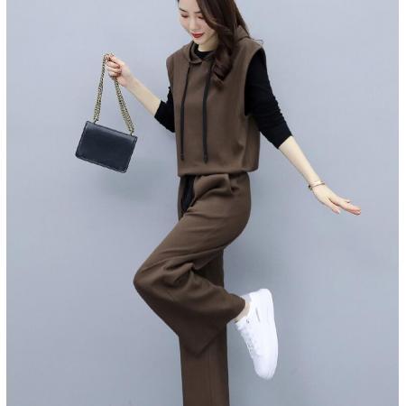 YF68685# 时髦洋气减龄套装女秋装新款气质显瘦阔腿裤两件套休闲女装潮 服装批发女装直播货源