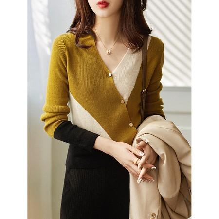 YF75062# 针织里的尤物不规则拼色设计感斜扣+V领绵羊毛针织衫 服装批发女装直播货源